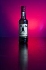 Jameson (Alvimann) Tags: jameson whisky scotch sco escocia bottle botella beverage bebe bebida beber reflex reflejo reflection colour color colors colours colores etiqueta label logo logotype logotipo alvimann red reddish rojo rojizo light lights illumination illuminate iluminacion iluminado luces luz