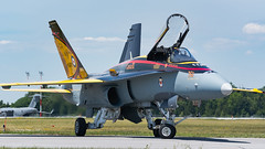 RCAF Hornet Demo (Ben_Senior) Tags: trenton ontario canada quinteinternationalairshow quinteairshow quinte 2016 qias qias2016 airshow f18hornet cf18 f18a fighterjet fighter jet aircraft aviation plane airplane military demo bensenior airport cfbtrenton