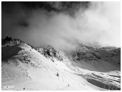 Jour (Noir et ) Blanc (MNP[FR]) Tags: 2016 lesarcs janvier ski mountains clouds europe black white snow france alps olympus alpes montagne noir et blanc neige savoie resort nuage peisey vallandry les arcs 1800 tg850