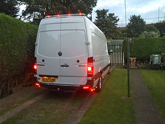 Mercedes Sprinter 313 CDI (Paul.Bevan) Tags: mercedesbenz dodge sprinter panelvan whitevan man lighthaulage expressdelivery goodsintransit 313 cdi lwb spedition courier transport redlights leds taillights hella roofbar jimbars
