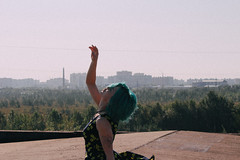 IMG_8266 (JennNoir) Tags: people girl roofs russia bluehaired arkhangelsk