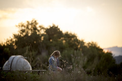Cercando... (Andrea di Florio (Thanks for 6,000,000 views)) Tags: andreadiflorio abruzzo pescara penne nikon d600 7020028 cielo luna campo nuvole nubi camminare vacanza