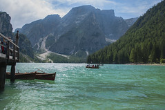 Il Lago di Braies 2 (Marco Micheli) Tags: photo photography foto flickr lago lake acqua water mountain dolomiti montagna nikon d90 18140 nikkor landscape panorama vista view esterno viaggio cielo sky 1 2 3 4 5 europa europe italia italy trentino alto adige val pusteria bolzano braies canoa barca cristallina