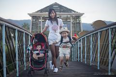 life (nodie26) Tags: 寶寶 嬰兒 50mm f18 stm canon 6d baby 小孩子 東華大學 學校 散步 樂活 大學 校園 東華湖畔