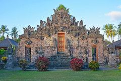 Pura Beji Sangsit Temple, Bali (cpcmollet) Tags: arquitectura architecture asia island nature naturaleza calm beauty sky summer art travel temple paisaje landscape balinese hindu bali indonesia