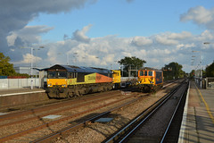 7Y42 66846 & 73965 on 0Z73 Tonbridge Yard - Tonbridge Yard (Adam McMillan Railway Photography) Tags: another well timed photo 66846 crawls up paddock wood while working 7y42 hoo jn eastleigh with lwrt 5 autoballasters 2 balfour beaty cranes 73965 can be seen speeding pasts main 0z73 tonbridge yard paddockwoodrailwaystationpdw colas lewishamdiverts