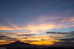 sunrise II (guilletho) Tags: landscape escenery sunrise sunrays colors mexico canon amanecer mountains resplandor paisaje puebla sky nubes clouds