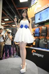 Lowepro (玩家) Tags: 2016 台灣 台北 世貿 攝影器材展 展場 人像 正妹 室內 無後製 無修圖 taiwan taipei showgirl sg portrait model sexy pretty indoor tamron a007 篟篟