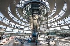 In_der_Glaskuppel_auf_dem_Reichstagsgebaude_19092016 (giesen.torsten) Tags: reichstag kuppel berlin deutschland kuppelaufdemreichstag besucherplattform ausblick nikon nikond810