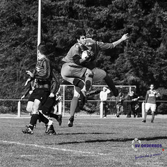 sv Orderbos vs vv Dierensche Boys seizoen 2016-2017 (JVE PHOTOGRAPHY) Tags: svorderbos svorderbos1 apeldoorn keeper goalkeeper blackandwhite blackwithe zwartwit zwart wit jvephotpgraphy wwwsvorderbosnl 100voetbal orderbos orderbossers sportfotografie sport sportparkorderbos voetbal soccer football 4eklasse