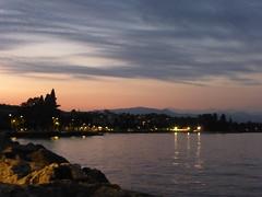 Getting late at the lake (La minina) Tags: italia lago garda desenzano tramonto estate italy lake sunset
