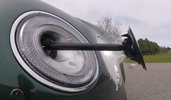 Bentley Bentayga's Headlight Washing System is the Coolest (wupplescars) Tags: bentayga's bentley coolest headlight system washing