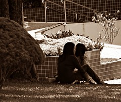 Two Girls (Vander Muniz) Tags: park old brazil brown girl brasil sepia vintage saopaulo sephia marrom