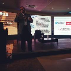 El equipo de @ecommunicae en #adejetec con @rafaelmesa hablando de la digitalización