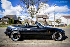 (Chris B70D) Tags: street new chris roof summer sky house black reflection tree clouds canon garden grid photography soft angle dundee top wheels wide down visit clean shiney mazda import mx5 rota berridge