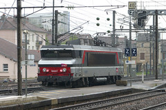 20130503 011 Bar-le-Duc. 15007 Runs Round Train 839101, 07.36 ex Paris Est (15038) Tags: france electric trains locomotive railways sncf 15007 bb15000 barleduc
