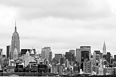 Skyline (Timo S.) Tags: new york bw newyork skyline canon state empire 70200