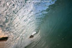 IMG_4383 copy (Aaron Lynton) Tags: canon hawaii waves barrels barrel wave maui 7d spl makena shorebreak barreling lyntonproductions