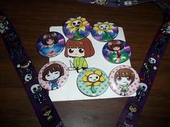 100_7719 (Amane-chan) Tags: akon anime convention akon27 buttons lanyard undertale chara frisk flowey flower
