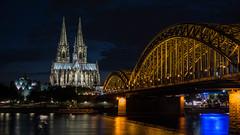 Night-time Bridge (WrldVoyagr) Tags: köln cologne deutschland gm5 roadtophotokina photowalk germany lumix panasonic nordrheinwestfalen de