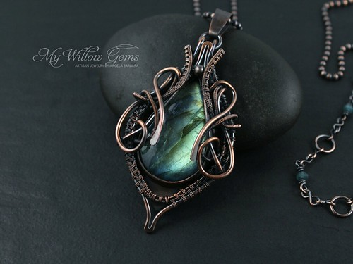 wire_wrapped_labradorite_necklace_mywillowgems_91 (1)