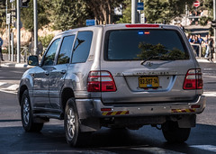 9350714 Rear (rOOmUSh) Tags: gray landcruiser toyota antennas strobe shimonperes funeral motorcades