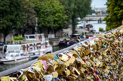 RW-20160915-0076.jpg (LR_PTY) Tags: locks vacation europa veraguas paris rio vacations sena siene river france 2016 europe vacaciones francia ledefrance fr