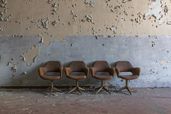 waitingRoom (FoKus!) Tags: urbex europe ue eu derelict decay sanatorium asylum italy italie exploration empty left abandon abbandonata verlassen