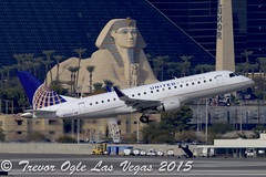 DSC_2307Pwm (T.O. Images) Tags: n150sy united express embraer e175 las vegas mccarran international airport luxor