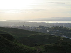 Edinburgh (Timbo_a_go_go) Tags: sunset green monument grass scotland edinburgh seat hill forth arthurs