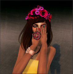 The Deepest of All Hearts: Shakeup Nails, SLink Hands (Bowie's in Space) Tags: truth boom shakeup erratic dfo essences slink deadapples beusy sohosamplesale