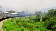 Jammu Mail Speeds Towards The Himalayas (Ankur) Tags: mail gradient tkd himalayas jammu 14033 wdp4b