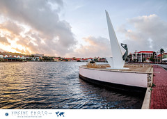The Monument for the Fallen by Waaigat Bay in Willemstad. (Vincent Demers - vincentphoto.com) Tags: abcislands amriquedusud antilles antillesnerlandaises baie bay carabes caribbean caribbeanisland city curacao curaao destinationdevoyage destinationtouristique dutchcaribbean dutchcaribbeanisland eau histoire historicsite history iledescarabes kingdomofthenetherlands monument monumentforthefallen netherlandsantilles photodevoyage photographiedevoyage royaumedespaysbas sitehistorique southamerica tourism tourisme travel traveldestination travellocation travelphoto travelphotography trip ville voyage waaigatbay water willemstad cw