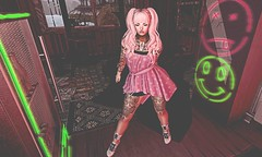 Thrift Shop (Rainny Darkfury (EvilCupcake blog seeking sponsors) Tags: thethriftshop fable catwa pinkfuel nightmare reign rekt dystopia gid pms truth {song}