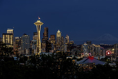 Seattle skyline at night (waldo.posth) Tags: sony slta99v tamron f3563 28300mm di pzd 90mm seattle skyline night space needle ferris wheel kerry park