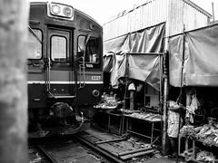 Tight squeeze (Johnbasil1) Tags: train market tight clash life street thailand fujifilmxe1