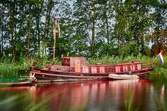 Tug boat/Sleepboot (MartinGJ56) Tags: tugboat landschap rivier water waterweg schipboot lucht weer wolken waarder zuidholland nederland