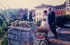 12th #Wedding #anniversary  #anniversario #matrimonio #2004 #september #hochzeit #castellodivaldengo #castle #dog #Hokhiko #bichon #bichonfrise #bolognese (! . Angela Lobefaro . !) Tags: instagramapp square squareformat iphoneography uploaded:by=instagram valdengo biella biellese bichon cane hund chien girl woman boy man guy piedmont piemonte castellodivaldengo couple paar coppia sposi anniversario