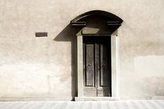 (ben.jamin8000) Tags: italy wall texture door window florence