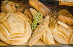 Avila's bread (jchmfoto.com) Tags: cereals europe breads spain avila castileandlen navaluenga comida castillaylen cereales comunidadesautnomasprovincias continente espaa europa localizacionesdelmundo panes vila es