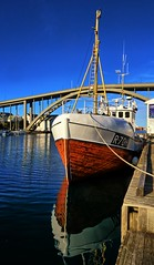 Haugesund, Norway (Vest der ute) Tags: g7x norway rogaland haugesund boat seascape sea bridge reflections mirror bluesky fav25