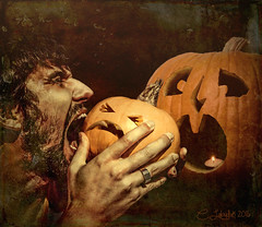 Jack'sNightmare (clabudak) Tags: halloween pumpkin nightmare jackolantern biting scary surreal hand