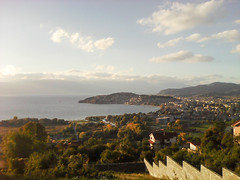 Ohrid in October 2016 (nazmije.d) Tags: ohridlake ohridskoezero sunny ohrid lake sky clouds sunset landscape green mountain fall october 2016 esen pejsaz blue