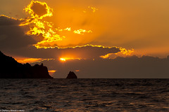 l'occhio magnetico the magnetic eye (the best maio) Tags: sunset seasunset magnetic sun magneticsun magneticeye