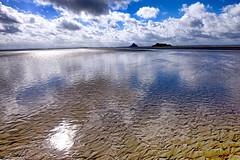 Le Mont Saint Michel (zebrazoma) Tags: mont saintmichel baie mare tide sea mer manche normandie abbaye glise abbatiale montois patrimoine mondial unesco monttombe polder couesnon sable mouvant sand tombelaine