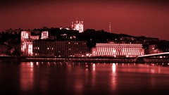 Balade sur le Quai St Antoine (DigiJack Photography) Tags: city longexposure urban france monochrome river photography nikon lyon le 1855mm quai stjean 18mm fourvire nikond3200 stantoine saone d3200 blinkagain digijack
