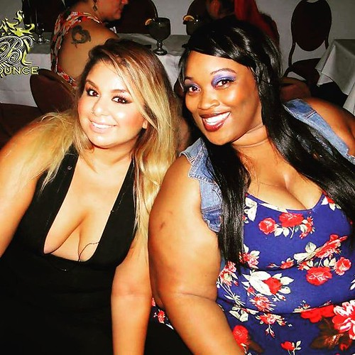 The Club Bounce PARTY PICS! Bounce is always  packed with at least 500 beautiful people including celebs from MTV, athletes from the NBA and NFL and  award winners from AVN and food network stars and so much more!! You gotta be there to see and feel the a