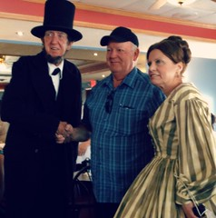 Meeting Mr. Lincoln (e r j k . a m e r j k a) Tags: pennsylvania adams gettysburg lincolndiner lincolnhighway us30 livinghistory erjkprunczyk
