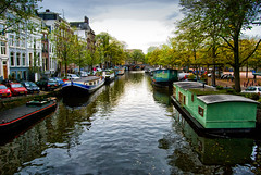 Casas barco. Amsterdam.  Explored 11/10/2016 #184 (Miguel Angel SGR) Tags: paisaje paysage cityscape paisajeurbano amsterdam holland holanda thenetherlands ne netherlands europa europe barcos boats calle street rue strase rua canal canales canals places lugares houses casas agua water wasser nikon miguelangelsgr miguelonphotography ville city ciudad ciudades town trips travel turismo tourism touring tournament viajes viajar