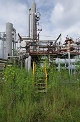 Cow Island Coverup (Industrial Relics Photography) Tags: urbex abandoned oil refinery building urban exploration car ilikegoinginabandonedbuildingsitisfunandeducationalbutkindabadforyourhealthohwelliguess